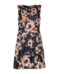 Короткое платье Hugo Boss