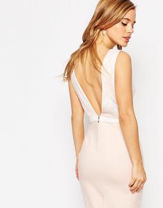 Платье-футляр с глубоким вырезом сзади и бантиком Paper Dolls Petite - Розовый