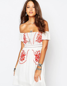 Платье с открытыми плечами и вышивкой в стиле фолк Glamorous Tall - Белый