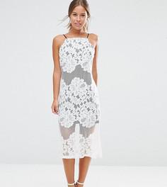 Кружевное платье с контрастной подкладкой ASOS PETITE - Белый