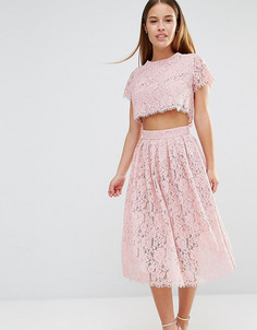 Короткое приталенное платье для выпускного 2 в 1 из кружева True Decadence Petite - Розовый