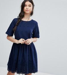 Свободное платье с открытой спиной и вышивкой ASOS PETITE - Темно-синий