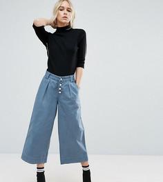 Широкие брюки с выбеленным эффектом ASOS PETITE - Синий