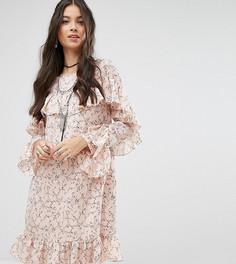 Платье с оборками и цветочным принтом Glamorous Petite - Мульти
