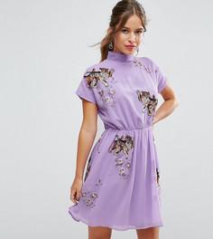 Чайное платье с открытой спиной и вышивкой в виде тигров ASOS PETITE PREMIUM - Фиолетовый