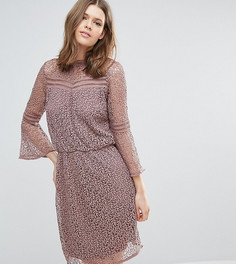 Кружевное платье с расклешенными рукавами Y.A.S Tall Stia - Розовый