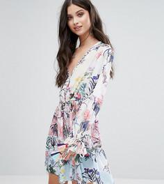 Свободное платье с цветочным принтом White Cove Petite - Мульти