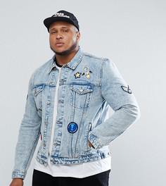Выбеленная джинсовая куртка с нашивками ASOS PLUS - Синий