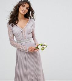 Плиссированное платье миди с длинными рукавами и кружевными вставками TFNC WEDDING - Серый
