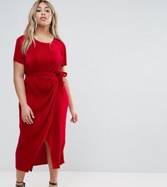 Платье плиссе с поясом Club L Plus - Красный