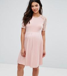 Платье мини для беременных с плиссировкой и кружевом ASOS Maternity - Розовый