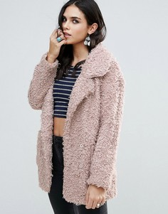 Пальто из искусственного меха Glamorous - Розовый