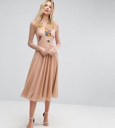 Приталенное платье миди с цветочной вышивкой ASOS TALL - Розовый