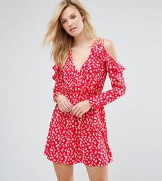 Платье с открытыми плечами, оборками и запахом Influence Tall - Красный