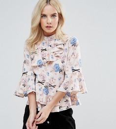 Блузка с асимметричными рюшами, цветочным принтом и контрастной шнуровкой ASOS PETITE - Мульти