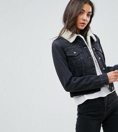 Черная выбеленная джинсовая куртка с отделкой из искусственного меха ASOS TALL - Черный