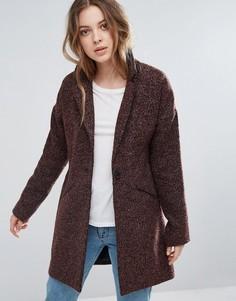 Классическое пальто в крапинку First & I - Красный