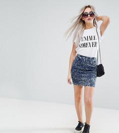 Синяя джинсовая мини-юбка с эффектом кислотной стирки ASOS PETITE - Синий