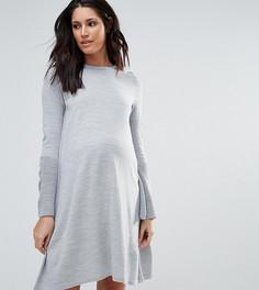 Трикотажное платье с рукавами клеш ASOS Maternity - Серый