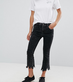 Черные выбеленные укороченные расклешенные джинсы ASOS PETITE - Черный