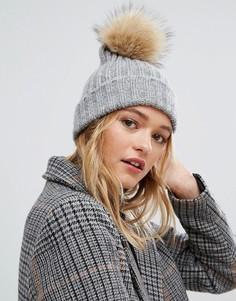 Светло-серая шапка-бини с помпоном Pieces - Серый