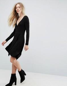 Трикотажное платье с запахом Brave Soul - Черный