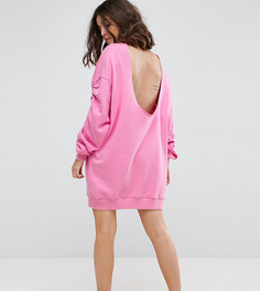 Платье-свитшот с открытой спиной и присборенными рукавами ASOS PETITE - Розовый