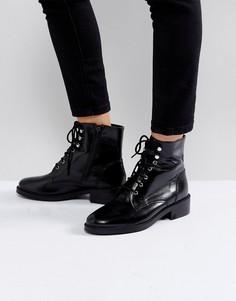 Черные ботинки в стиле милитари на шнуровке Carvela Skewer - Черный