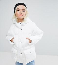 Дутая куртка с карманами ASOS PETITE - Белый