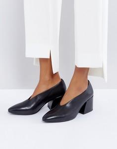 Черные кожаные туфли на среднем каблуке Vagabond - Черный