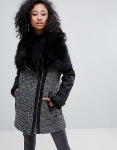 Пальто из твида с воротником из искусственного меха Urban Bliss - Черный