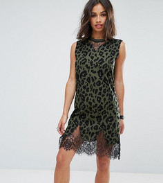 Платье-футболка без рукавов цвета хаки с леопардовым принтом ASOS PETITE - Зеленый