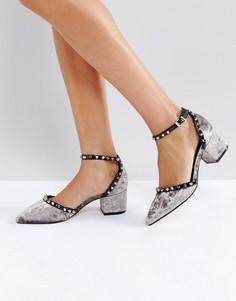 Бархатные туфли на среднем каблуке с заклепками Truffle Collection - Серый