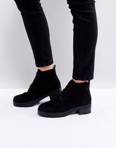 Ботильоны на низком каблуке со шнуровкой Truffle Collection - Черный