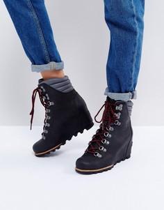 Черные ботинки на танкетке со шнуровкой Sorel Conquest - Черный