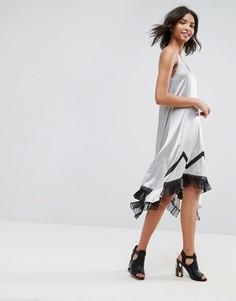 Шелковое асимметричное платье-комбинация с кружевом To Be Adored Ada - Серебряный
