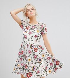 Приталенное платье мини с короткими рукавами и цветочной вышивкой Frock And Frill Petite - Белый