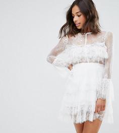 Кружевное платье миди с оборками и прозрачной отделкой на рукавах True Decadence Petite - Белый