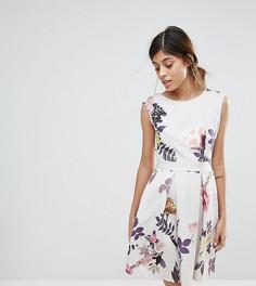Короткое приталенное платье с короткими рукавами и принтом Closet London - Мульти