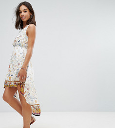 Платье с принтом и асимметричным подолом Yumi Petite - Белый