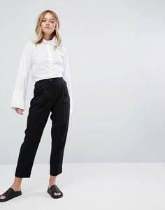 Широкие брюки со складками и завышенной талией Monki - Черный