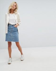 Джинсовая юбка с необработанным краем Weekday - Синий