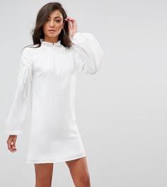 Свободное платье с длинными рукавами и сборками Fashion Union Tall - Белый
