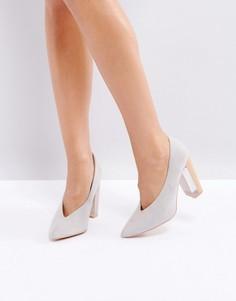 Серые туфли на каблуке с прозрачной вставкой Lost Ink Aisha - Серый