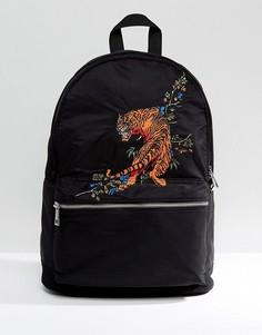Черный рюкзак с вышитым тигром ASOS - Черный
