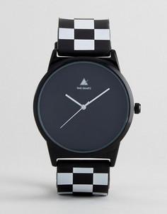 Часы с ремешком в клеточку ASOS - Черный