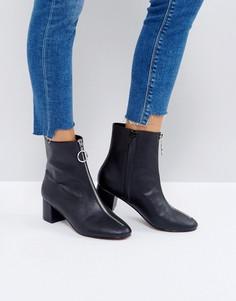 Ботинки на каблуке и молнии ASOS ROMY - Черный