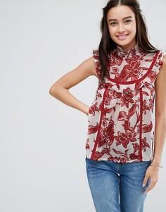 Блузка с высоким воротником, оборкой и принтом ASOS - Мульти