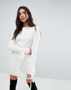 Платье в рубчик с завязками на манжетах Boohoo - Кремовый