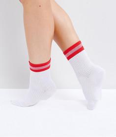Белые носки в рубчик с красными полосками ASOS - Белый